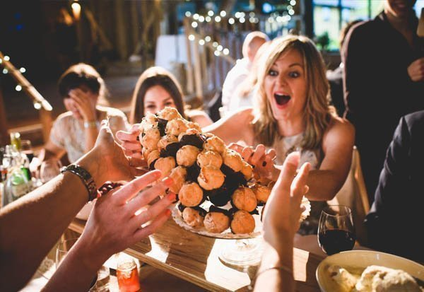 Wedding croquem buche - guests reaction