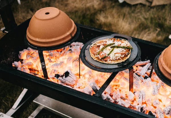 outdoor wedding food - real fire pizza